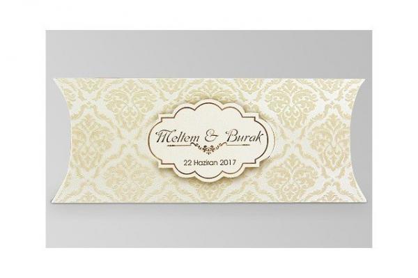 goudentrouwkaart in doosje