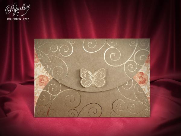 Klassieke trouwkaart met vlinder