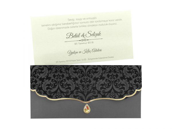 Zwarte trouwkaart met decoratie