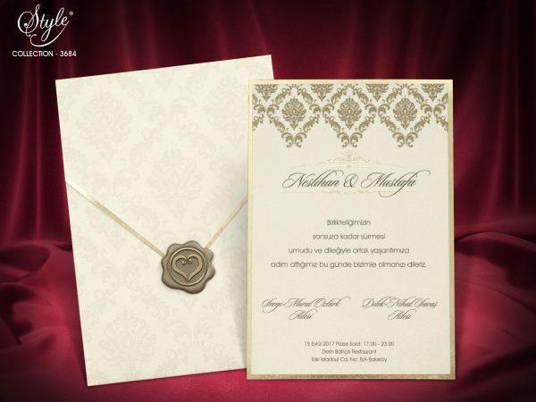 Luxe trouwkaart met envelop en embleem
