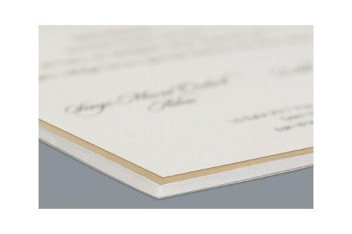 Luxe trouwkaart met envelop en embleem 3