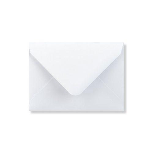 Witte envelop 13,3 x 18,4